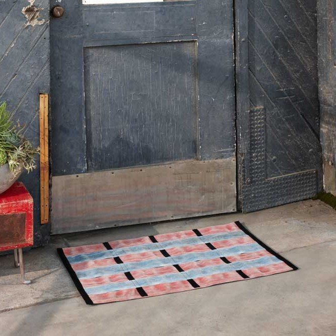 Black Trim Fire Hose Mat